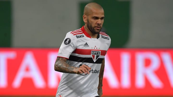 Alves walked out over unpaid image rights
