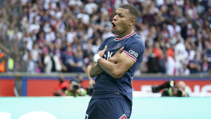 What is Kylian Mbappe's FIFA 22 rating?