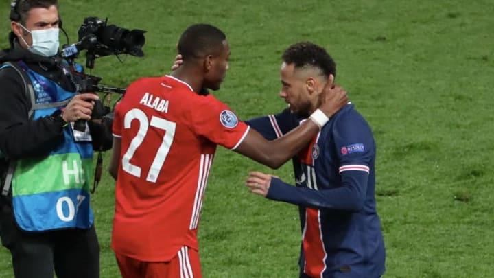 David Alaba wird von Neymar getröstet