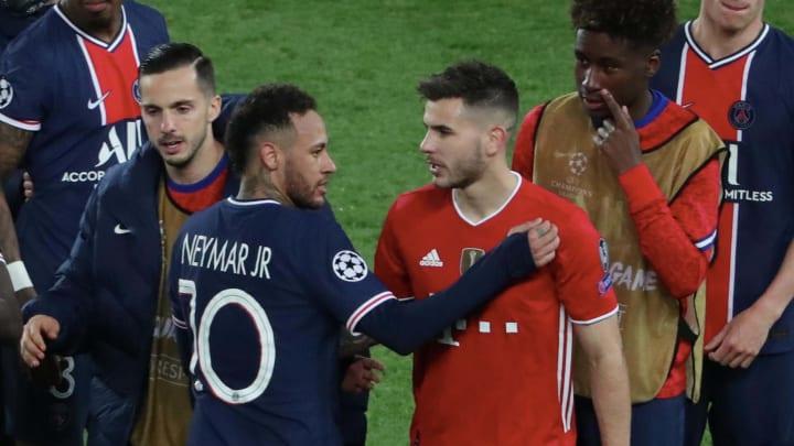 Neymar und Hernandez nach Abpfiff