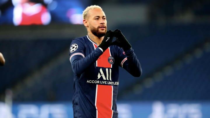 Neymar estará em campo pelo Paris