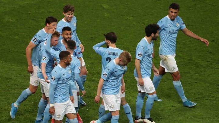 Manchester City vence o jogo de ida pelas semifinais da Champions League.