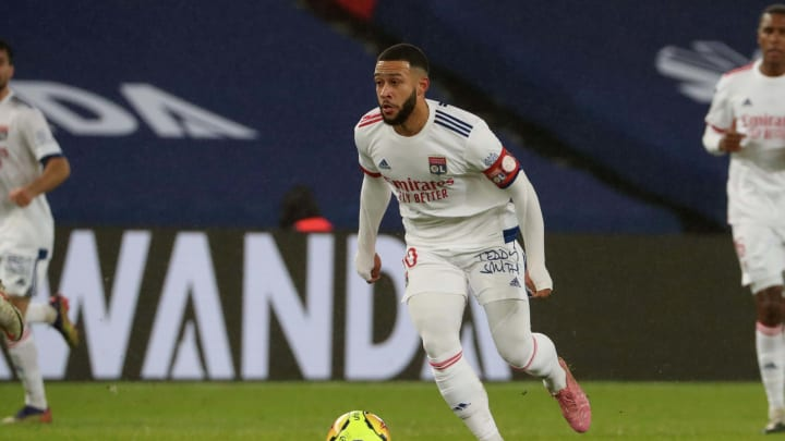 Paris Saint-Germain v Olympique Lyon - Ligue 1
