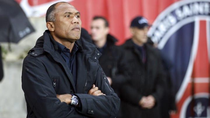 Paris Saint-Germain's coach Antoine Komb
