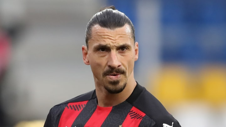 Zlatan Ibrahimovic has signed a new deal with Milan