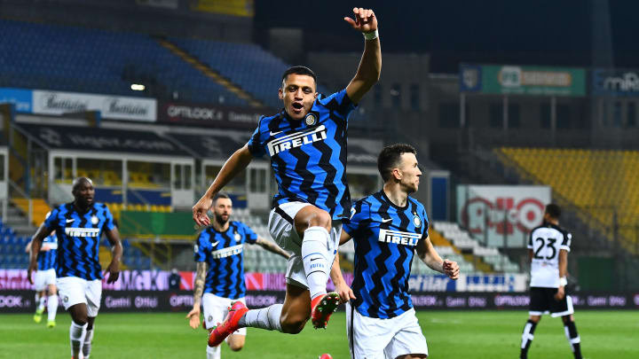 Alexis Sanchez bagged twice to drag Inter to victory