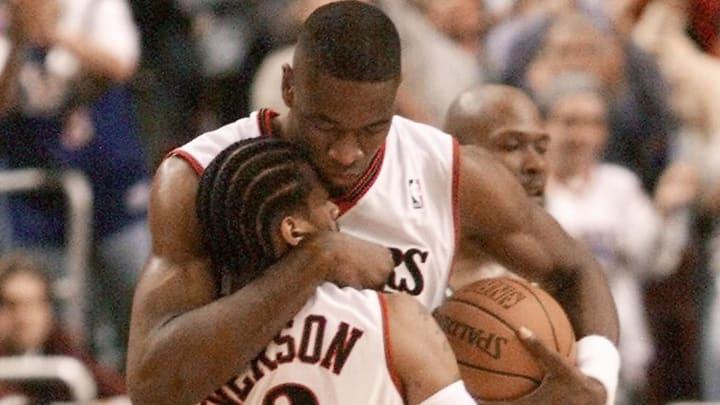 Dikembe Mutombo, Allen Iverson