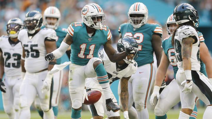 Los equipos de la NFL hacen movimientos con miras al draft de 2021