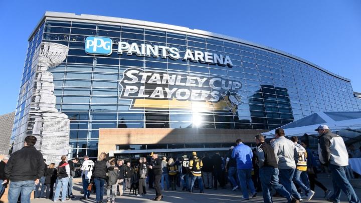 Philadelphia Flyers v Pittsburgh Penguins - Game One