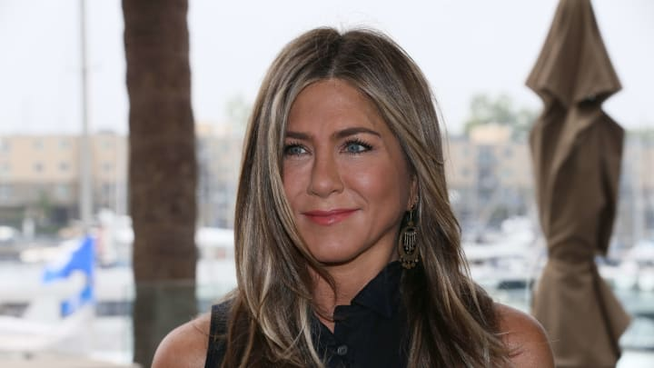 "MARINA DEL REY, CALIFORNIA - JUNE 11: Jennifer Aniston attends a photocall of Netflix's ""Murder Mystery"" at the Ritz Carlton Marina Del Rey on June 11, 2019 in Marina del Rey, California. (Photo by David Livingston/Getty Images)"