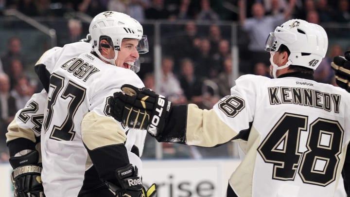 Sidney Crosby and Tyler Kennedy