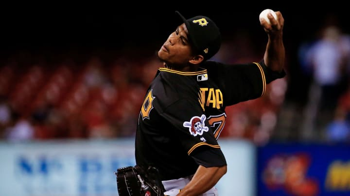 Edgar Santana pitches for the Pittsburgh Pirates against the St Louis Cardinals