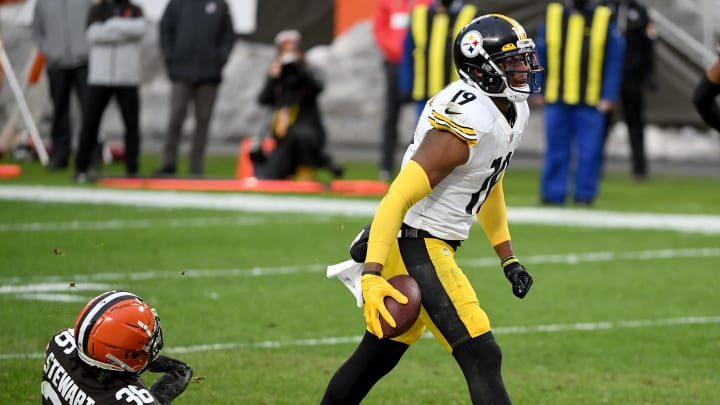 Juju Smith-Schuster against the Browns.