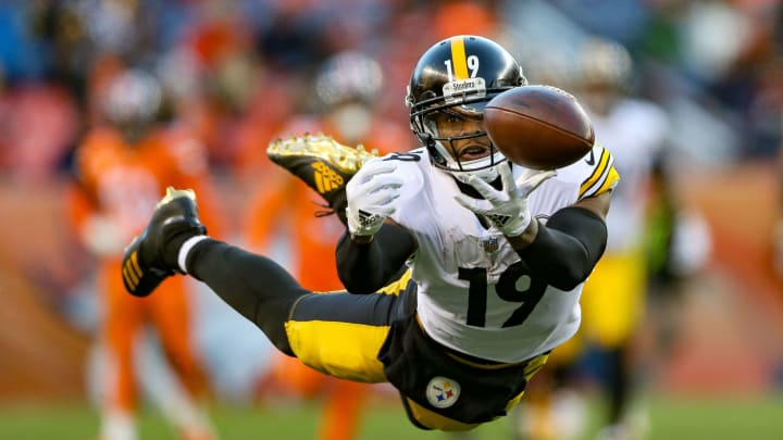 JuJu Smith-Schuster reveals the clever way Andy Reid tried to recruit him in free agency.
