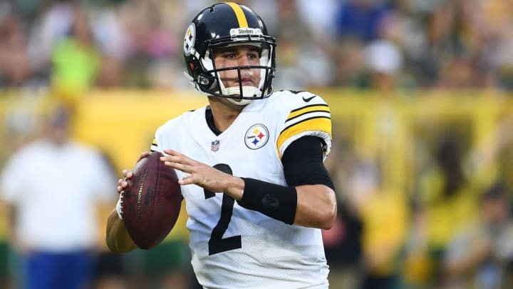 GREEN BAY, WI - AUGUST 16:  Mason Rudolph #2 of the Pittsburgh Steelers drops back to pass during the first quarter of a preseason game against the Green Bay Packers at Lambeau Field on August 16, 2018 in Green Bay, Wisconsin.  (Photo by Stacy Revere/Getty Images)