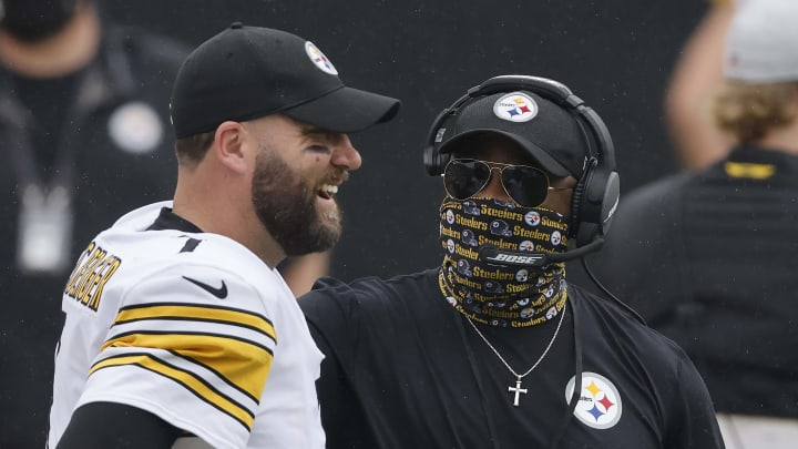 Ben Roethlisberger y los Steelers siguen invictos