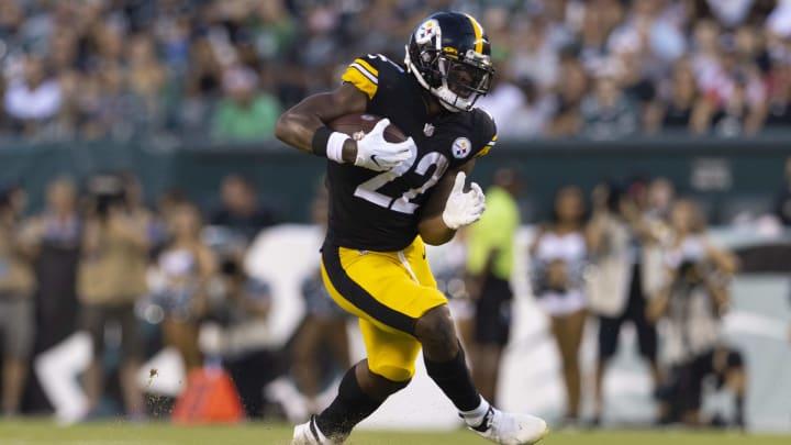 Fantasy football picks for the Raiders vs Steelers Week 2 matchup.