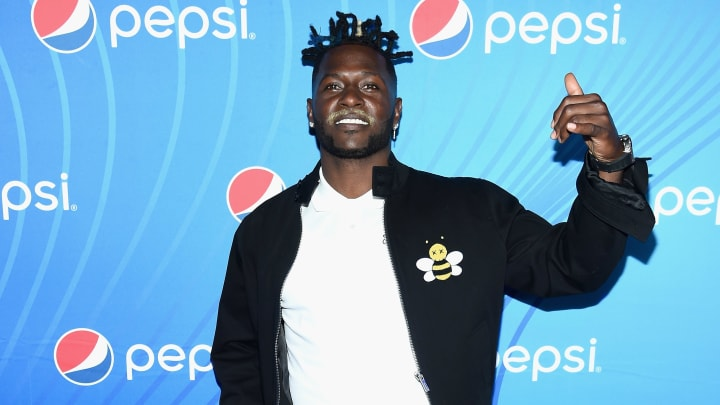 "ATLANTA, GA - FEBRUARY 01:  Antonio Brown attends ""Planet Pepsi"" Pre-Super Bowl LIII party, featuring Travis Scott, on February 1, 2019 in Atlanta, Georgia.  (Photo by Dimitrios Kambouris/Getty Images for Pepsi)"
