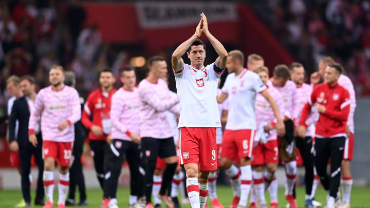 Respekt! Robert Lewandowski mit starker Geste vor dem Duell gegen England