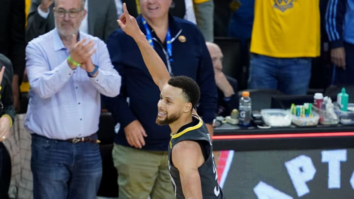 OAKLAND, CALIFORNIA - MAY 16: Stephen Curry #30 of the Golden State Warriors celebrates after defeating the Portland Trail Blazers 114-111 in game two of the NBA Western Conference Finals at ORACLE Arena on May 16, 2019 in Oakland, California. NOTE TO USER: User expressly acknowledges and agrees that, by downloading and or using this photograph, User is consenting to the terms and conditions of the Getty Images License Agreement. (Photo by Thearon W. Henderson/Getty Images)