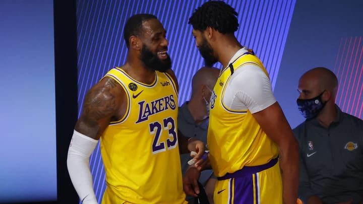 Rockets Vs Lakers Spread Odds Line Over Under Prediction Betting Insights For Nba Playoffs Game 1