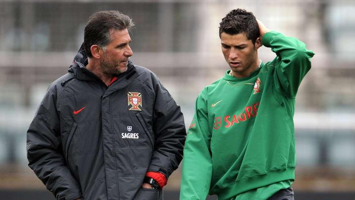 Portugal coach Carlos Queiroz (L) speaks