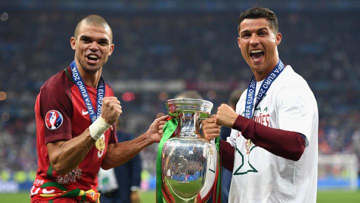 Cristiano Ronaldo y Pepe
