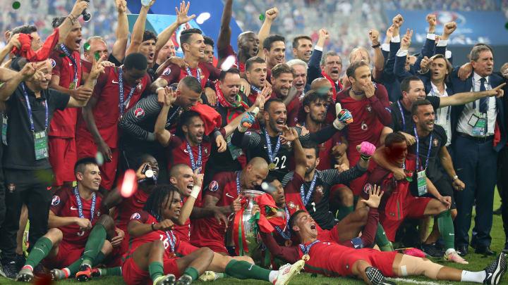 Portugal celebrate at UEFA EURO 2016