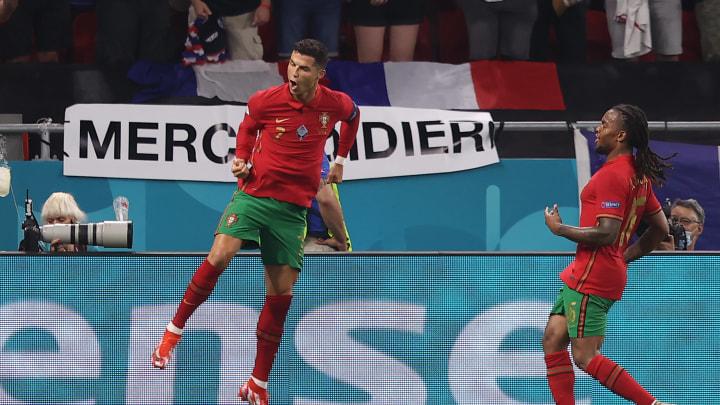 Ronaldo, máximo goleador en la historia de las seleciones