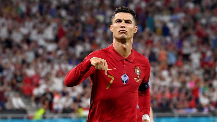 Cristiano Ronaldo anotou dois gols contra a França