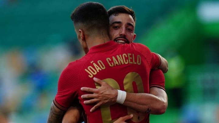 Bruno Fernandes Joao Cancelo Cristiano Ronaldo Portugal Eurocopa