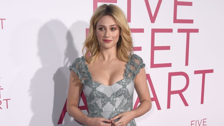 """Lili Reinhart at the Premiere Of Lionsgate's """"Five Feet Apart"""" - Red Carpet"""
