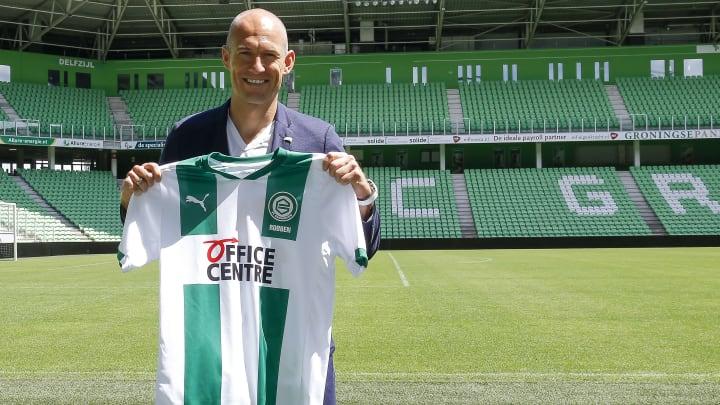 Presentation of Arjen Robben as new player of FC Groningen
