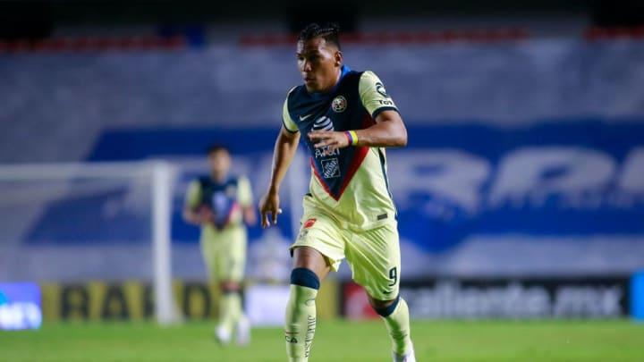 Roger Martínez es uno de los futbolistas que puede salir de las Águilas