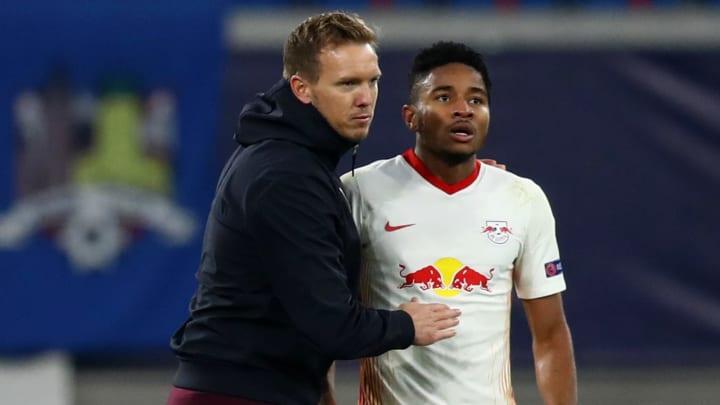 RB Leipzigs Trainer Julian Nagelsmann (l.) durfte sich über einen 2:1-Sieg gegen Paris St. Germain freuen
