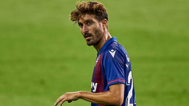 Campaña impressed for Levante in La Liga and is in high demand