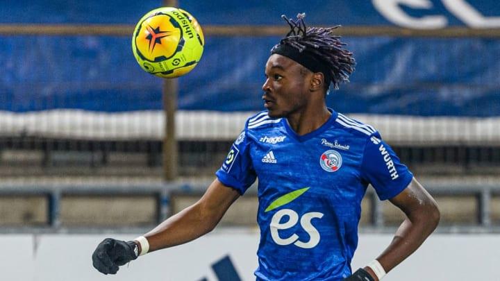 Mohamed Simakan a choisi son futur club.
