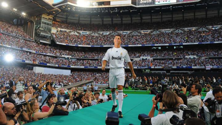 Do goleiro ao ponta-esquerda: relembre os 11 titulares do Real Madrid antes da 'era Cristiano Ronaldo'.