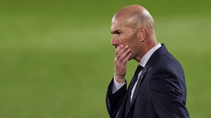 Zidane lors de la défaite des siens en Liga face à Cadiz. .