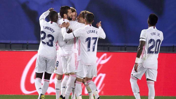 Real Madrid fez um grande primeiro tempo e venceu o rival Barcelona
