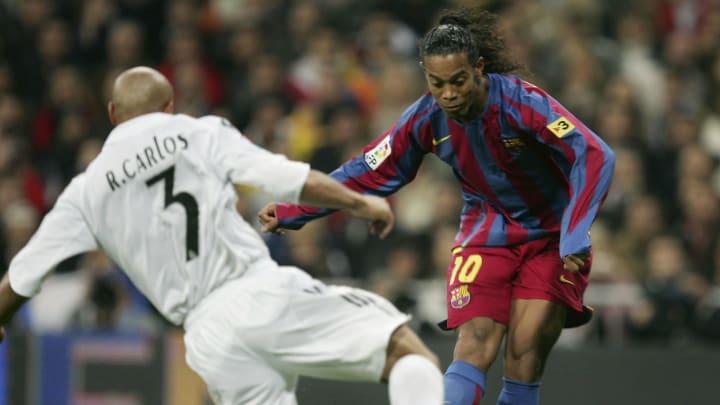Ronaldinho Gaúcho e Roberto Carlos estão nesta seleção estrelada