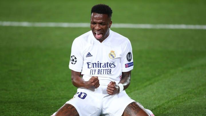 Vinicius anotou o gol que abriu o placar entre Real Madrid e Liverpool