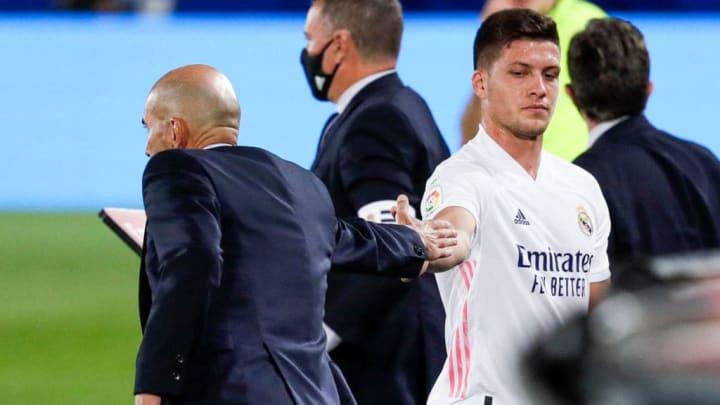 Mal wieder ausgewechselt: Jovic wirkte bei Real Madrid bisweilen wie ein Fremdkörper
