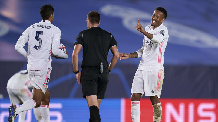 FC Bayern nimmt Kontakt zu Eder Militao auf: Das Transfer-Gerücht im Check
