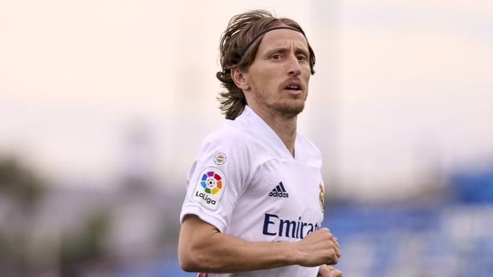 Luka Modric bleibt Real Madrid ein weiteres Jahr erhalten