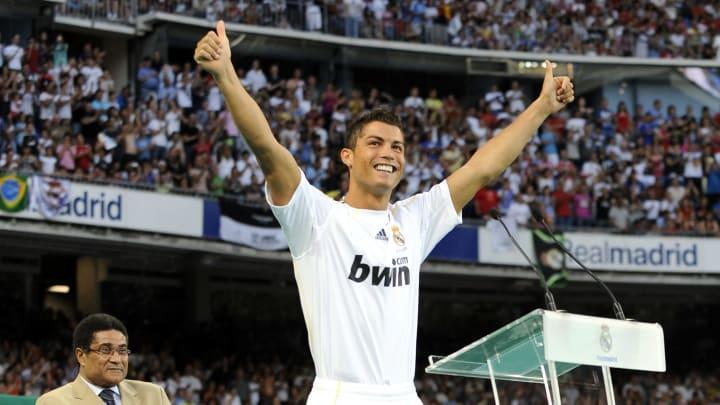 Cristiano Ronaldo en su presentación con el Real Madrid
