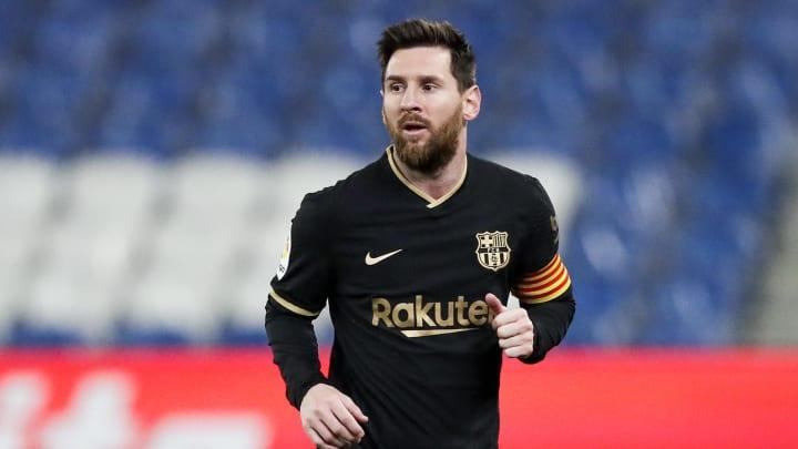 Depois de quase deixar o Barcelona no fim da última temporada, Messi parece disposto a conversar para permanecer no Camp Nou.