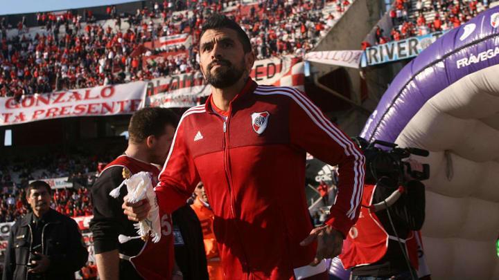 River Plate v Velez Sarsfield - Torneo Transicion 2016