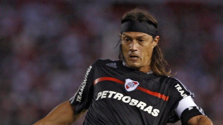River Plate's Matias Almeyda controls th