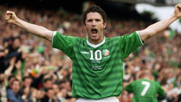 Robbie Keane of the Republic of Ireland celebrates